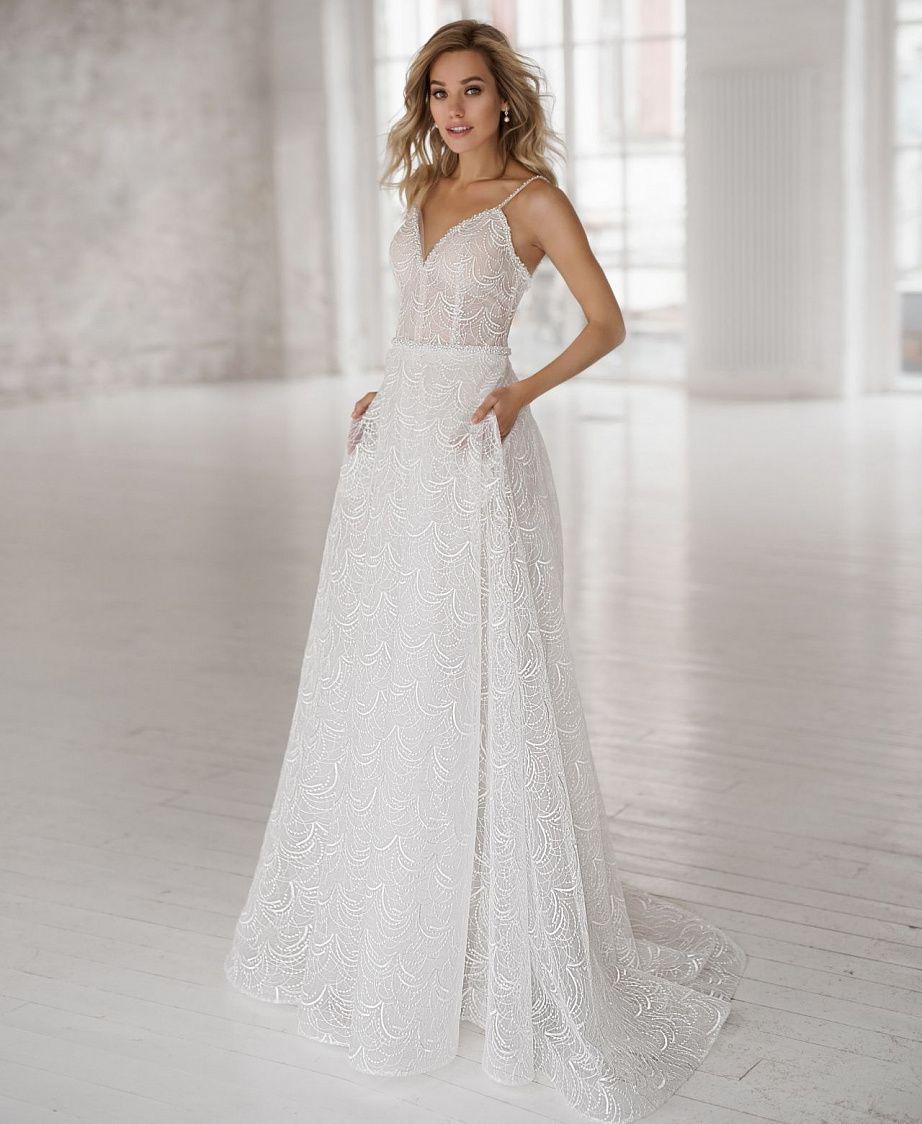 Какое свадебное платье лучше смотрится на фото